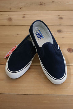 VANS  SLIP-ON SURF FLEECE