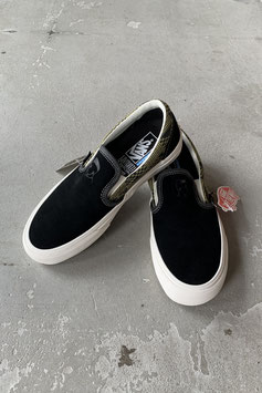 VANS  CLASSIC SLIP-ON MICHAEL FEBRUARY