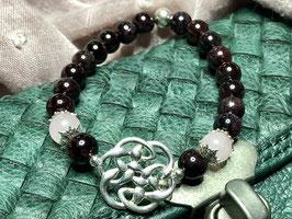 Armband Granat mit Endlos-Knoten aus Silber 925