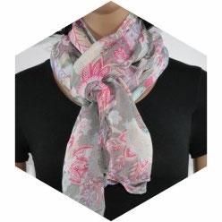 foulard dame aux fleurs