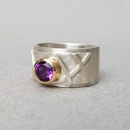 Ring mit Amethyst in 18kt Goldfassung