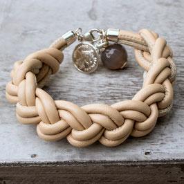 Geknotetes Armband aus Nappa-Leder mit Silbermünze und Achat