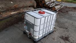 IBC-Behälter GEBRAUCHT auf robuster Stahl oder Kunststoffpalette 600 Liter