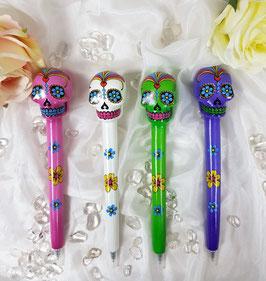 Kugelschreiber mit Kristallschädelmotiv