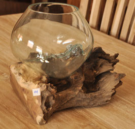 (11) Wurzel-Glas-Objekt , stehend, mittelgroß