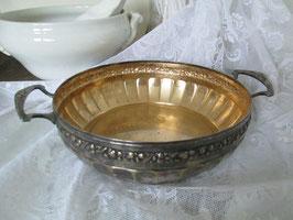 SHABBY Antike zauberhafte Metallschale Obstschale Brotschale Patina gepunzt versilbert Brocante Rosen Vintage Schale RELIEF