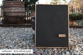 Magnetische Kreidetafel - verblendeter Rahmen aus Eiche Altholz