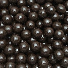 Haselnüsse mit Zartbitterschokolade