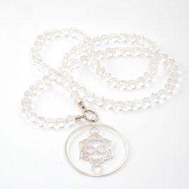 Bergkristall  Edelsteinkette 10mm mit Heart Spirit Kraftsymbol