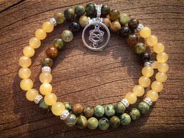 Grüne Granat - Regenwaldjaspis - Orangencalcit  Edelsteinarmband 6 mm mit Heart Spirit Kraftsymbol