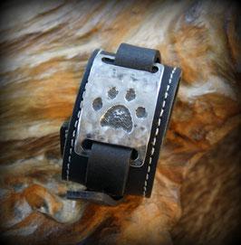 Nr. 16   Armband Pfotenabdruck Katze, Löwe, Luchs Leder - Edelstahl