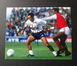 Ossie Ardiles originally signed photo ( Argentina Legend and 1978 World Champion ) + COA