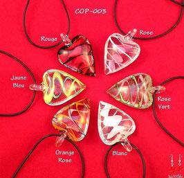 Colliers à pendentifs coeurs en verre effet torsadé