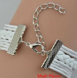 Bracelet infini blanc multi-breloques love et coeur sertis de strass