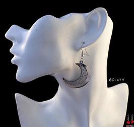 Boucles d'oreilles pendantes lunes argentées à paillettes