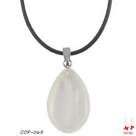 Collier à pendentif goutte d'eau en pierre de jade blanche