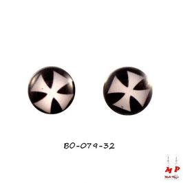 Boucles d'oreilles acier logo croix de Malte