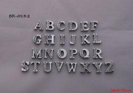 Lettres argentées avec strass pour bracelets prénoms
