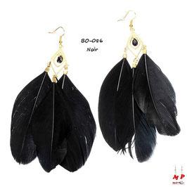 Boucles d'oreilles pendantes trois plumes et crochets dorés