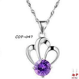 Collier à pendentif couronne argentée et sa pierre violette