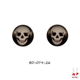 Boucles d'oreilles acier logo tête de mort blanche