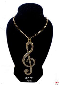 Collier à pendentif clé de sol dorée ou argentée sertie de strass