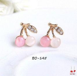 Boucles d'oreilles dorées cerises roses et blanches