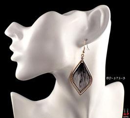 Boucles d'oreilles pendantes gouttes d'eau dorées et fils noirs