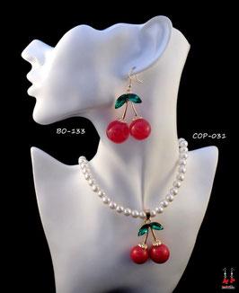 Parure collier et boucles d'oreilles pendantes cerises