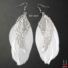 Boucles d'oreilles plumes pendantes et ailes d'ange argentées