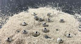 Perlen Streifen geschnitzt antiksilber
