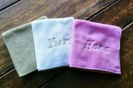 名入れ刺繍ハンドタオル