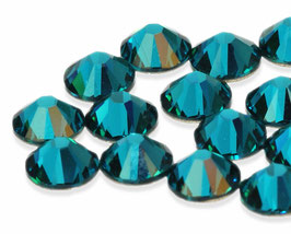 2028/2058 Blue Zircon foiled (no glue)