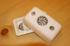 Handgefertigte Keramik Butterform sogar auch für Käse geeignet