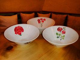 Konische Salatschüssel mit Rose oder Nelke als Unikat