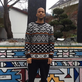 Afro snow pullover