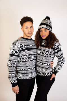Black and White knitted pullover