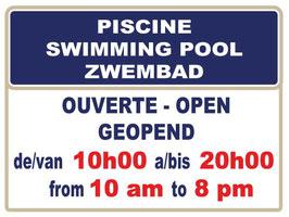 Panneau horaires piscine standard. Texte 3 langues