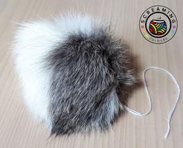 Kaninchen-Fellbommel weiß-dunkelbraun-gescheckt