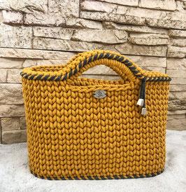 """Tasche """"Sissi"""", handgemacht aus 100% recyceltem Baumwollgarn"""