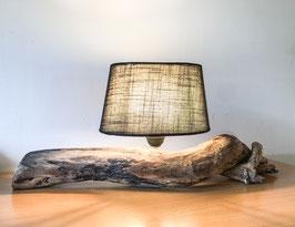 Tischlampe aus Altholz