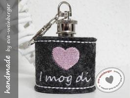 "Mini-Flachmann • Schlüsselanhänger • Filz ""i mog di"" (Musterfoto dunkelgrau, rosa, weiß)"