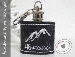 """Mini-Flachmann • Schlüsselanhänger • Filz """"Almrausch"""" (Musterfoto anthrazit, weiß)"""