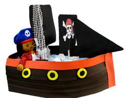 Barco pirata rojo