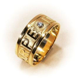 "Ring ""carpe diem"""