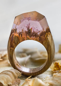 Holzkristall Ring