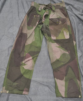 British windproof smock trousers adjusted for French paratroopers.