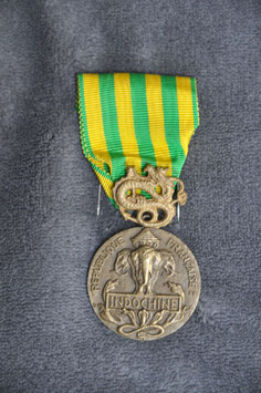 Commemorative Medal for the Campaign in Indochina 1945 -  1954 (battle of Dien Bien Phu).