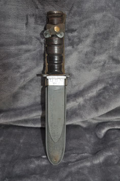 Ka-Bar in USN MK 2 schede.