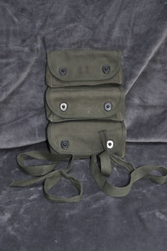 3 pocket grenade carrier pouch. 1971